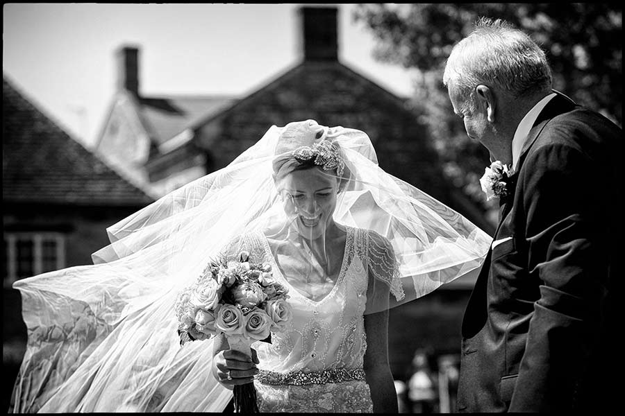 reportage wedding photographer Simon Atkins