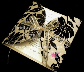 petal-wedding-invitation